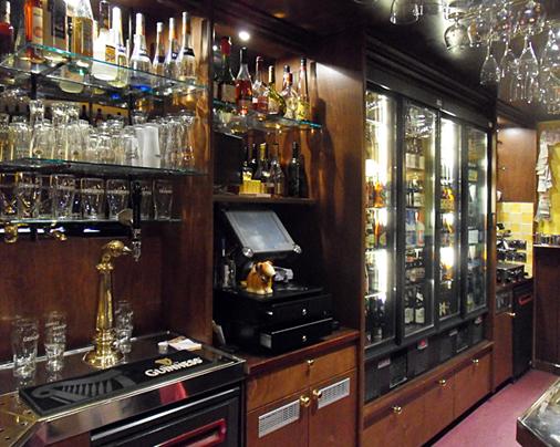 Café-interieur – Drinkerij 't Bierhuis, Woerden